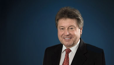 Dr. Wolfgang Walter, Notar a.D.
